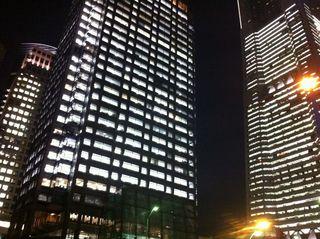 右からランドマーク・タワー、日石横浜ビル、横浜銀行本店ビル
